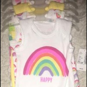 NWT 5-piece Preemie Bodysuit Set